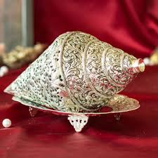 decorate your home with silver decor items