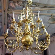 Colonial Chandelier American Colonial Revival Williamsburg Style Brass 16 Light Chandelier