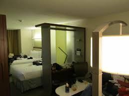 canapé chambre chambre pour 3 avec canapé dépliant picture of springhill suites