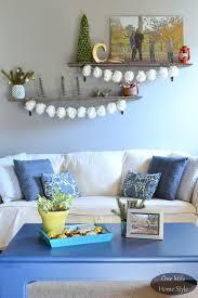 so easy decorative pom pom garland