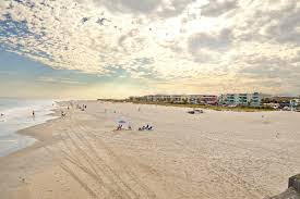 tybee island georgia beach hotels rentals attractions events