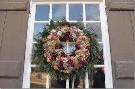 williamsburg decorated for