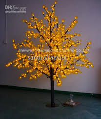 2017 top quality yellow 1 8m led pine trees