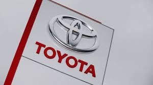 logo de toyota toyota llamará a revisión otros 6 5 millones de vehículos debido a