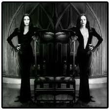 Morticia Addams Dress Christina Ricci The Addams Family Carolyn Jones Morticia Addams