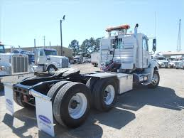 used 2009 freightliner columbia tandem axle daycab for sale in ms