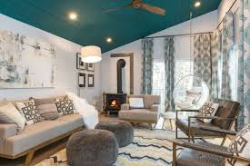 teal livingroom 10 living rooms that boast a teal color