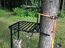 Tree Trunk Hunting Blind Hunting Blinds Ground Blinds Tree Blinds Deer Hunting Blinds