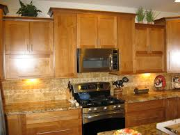 Kitchens With Light Maple Cabinets Kitchen Cabinet Glamorous Kitchen Wall Colors With Brown