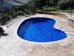 Pools4Ever is a family owned fiberglass swimming pool sales and
