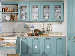 cuisine bleu clair design interieur cuisine bois classique armoires vitrées bleu clair