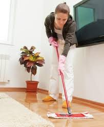 how to mop laminate flooring without streaking 5 steps