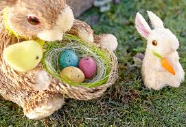 camouflage easter eggs a few creative ways to hide easter eggs discover