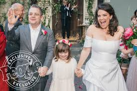 his and wedding patton oswalt opens up about his wedding to meredith salenger