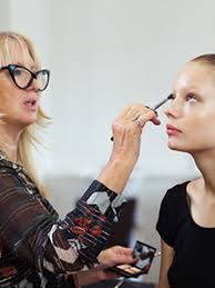 makeup artist online school everything you need about val garland s online makeup school