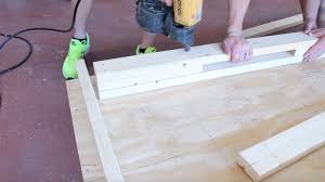 How To Frame A Wall by How To Frame A Corner For A 90 Degree Wall Connection Youtube