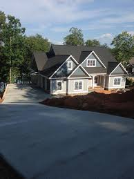 Walk Out Basement House Plans by Craftsman Style Lake House Plan With Walkout Basement