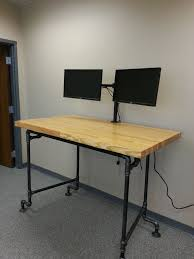 Industrial Standing Desk by 8 Best S T A N D I N G D E S K Images On Pinterest Standing
