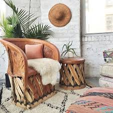 Styles Of Furniture For Home Interiors by Best 25 Mexican Furniture Ideas On Pinterest Mexican Chairs