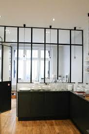 verriere dans une cuisine une verrière intérieure pour cloisonner l espace avec style
