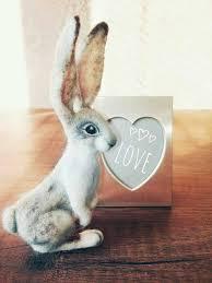Rabbit Home Decor Kwitnie