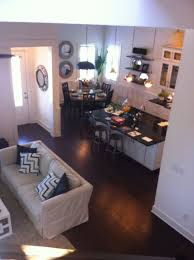 Open Floor Plan Living Room Ideas This Is A Good Example Of How A Small Looking Home Can Still Look