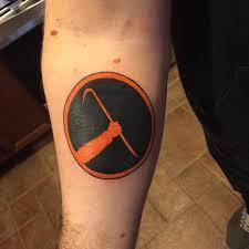 ferrari emblem tattoo half life tattoo imgur