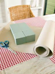 Kraft Paper Table Cloth How To Create A Gift Box Centerpiece Hgtv