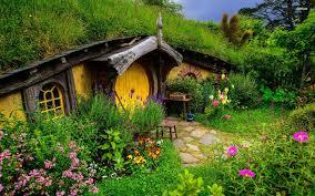 hobbit house wallpaper wallpapersafari fairy garden ideas