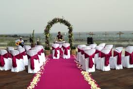 Perfect Wedding Planner Amazing Beachfront Wedding With Colour Theme