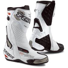 tcx motorcycle boots product review tcx r s2 boots why i dress like a power ranger