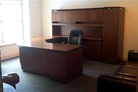 saratoga executive collection manager s desk saratoga springs ny office space liquidspace