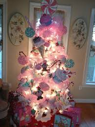 candy christmas tree i ve always wanted a white candy christmas tree gonna try doing