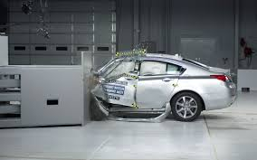 nissan juke crash test acura tl aces stricter iihs frontal crash test vw cc loses a door