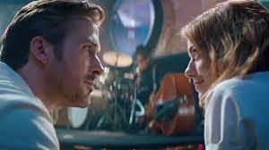 ryan gosling emma stone couple film hey girl hear ryan gosling serenade emma stone in new la la land