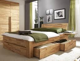 Schlafzimmer Bett Nussbaum Bett Andalucia Aus Massivholz Mit Viel Stauraum Famegmunkálás