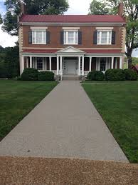 houses with porches old house tragic past weird families dark secrets writing
