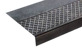 medium duty rubber stair tread with extra long nosing