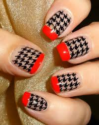 colored chevron nail art