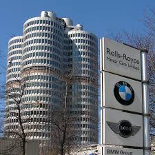 bmw museum kinetic sculpture bmw company auto cars magazine www carnews write for us