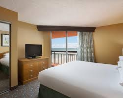 Myrtle Beach Comfort Suites Myrtle Beach Hotel Rooms Suites Embassy Suites By Hilton