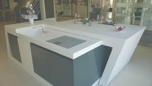 ilot central cuisine avec evier meuble ilot central cuisine unique ilot central de cuisine blanc