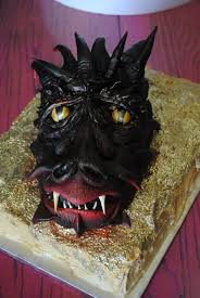 smaug the dragon sculpted cakes u2022 that u0027s the cake bakery u2022 dallas