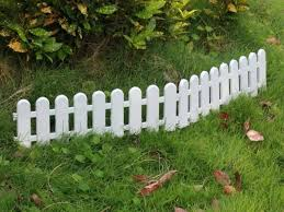 Garden Fencing Ideas Uk Small Fence Small Small Garden Fence Ideas Uk Abundantlifestyle Club