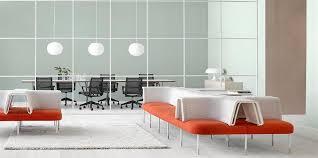 design bureau de travail un concept de bureau design axé sur le bien être au travail