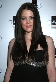 report khloe kardashian has had u0027extensive u0027 plastic surgery to