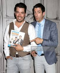 Propertybrothers Aol Build Presents The Property Brothers Jonathan And Drew Scott