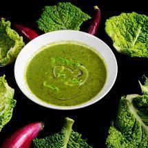 cuisiner le chou frisé soupe au chou vert frisé une recette de plat facile
