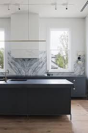 quel budget pour une cuisine une cuisine et blanche design déco noir blanc maison