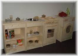 cuisine enfant en bois fabriquer cuisine bois enfant maison design bahbe com
